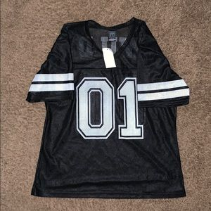 Black and white mesh jersey